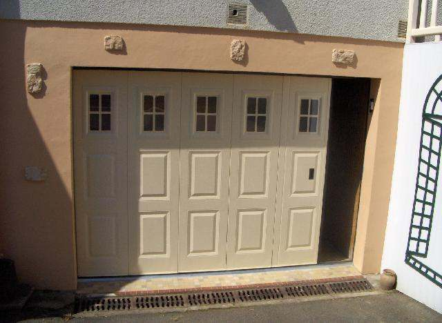 Baies fermetures grenoble fen tres volets baies for Porte sectionnelle garage 3m